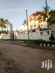 Nice House for Sale in Oyster By.   Houses & Apartments For Sale for sale in Dar es Salaam, Kinondoni