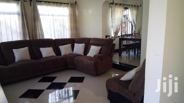 Archive: 7 Seater L Shaped Sofa With Recliners